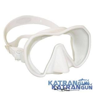 Лучшая маска для подводной охоты Beuchat Maxlux, белая